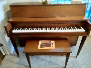 Free, apartment-size piano, bench and lamp.