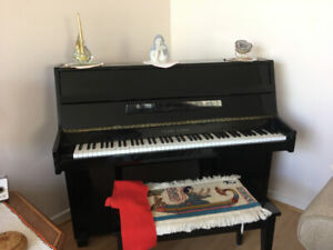 Piano for sale $1000