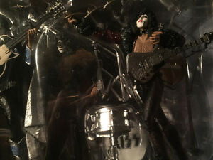Mcfarlane, music, figure, KISS, BOXSET with lights, silver .999 Edmonton Edmonton Area image 3