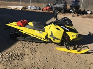 2016 Ski-Doo Summit X 154 with T3 Package Rotax 800R E-TEC Matte