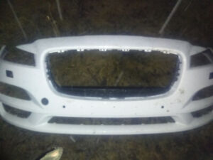 2015 and up Jaguar XF bumper ( broken off clips in one place)