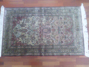 Very Fine Hereke Hand-Knotted Silk Rug - 800-850 kpsi North Shore Greater Vancouver Area image 7