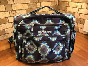 Almost brand new Ju-Ju-Be Classic Collection BFF Diaper Bag
