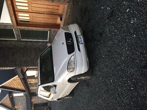2001 Mercedes-Benz M-Class White SUV, Crossover
