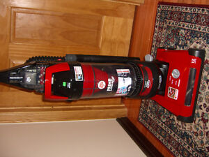 new vacuum - last model  - very low price West Island Greater Montréal image 2