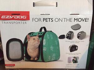 New EZYDOG Pet Transporter/Carrier for dog or cat