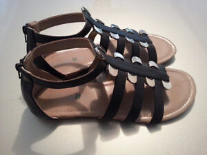 Sandals black with gold, size 12