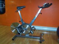 Vélo de spinning Keiser M3