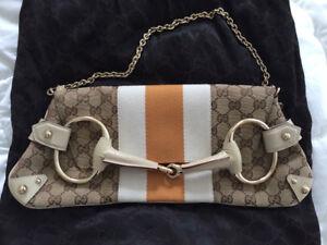 Authentic GUCCI Horsebit Handbag