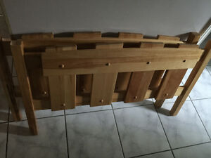 FS: Maple twin size head/foot boards, queen size boxspring