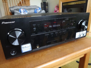 Pioneer VSX-1027-K/7.1/560W/3D Ready A/V Receiver for sale