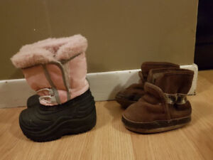 Left size 4 $5 Right robeez booties 12-18m $10
