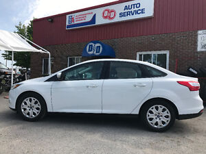 Ford Focus SE ! ! Immaculate ! ! ONLY 31K ! !