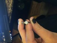 Michael hill 10 ct white gold promise ring