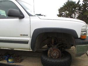 2001 chevy silverado 1500  front bumper Strathcona County Edmonton Area image 3