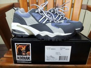 Brand New Kodiak Women Safety Shoes-CSA approved Protective Ftwr
