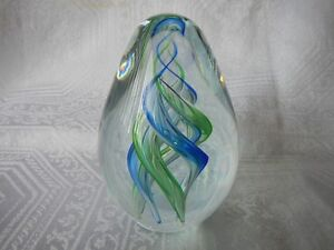 Murano Spiral Art Glass Egg Paperweight Made in Italy