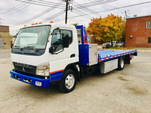 2008  TOWING PLATEFOME DÉPANNEUSE NRC COMME NEUF