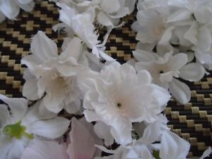 SILK FLOWERS WHITE