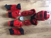 Taekwondo Kit - Medium size - Red