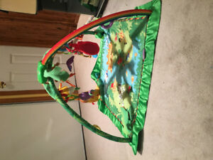 Fisher Price Rainforest Music $ Lights Deluxe Gym