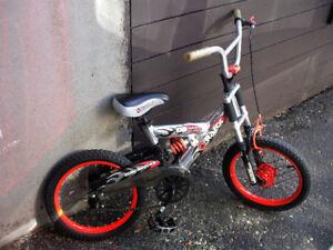 "Kids bike- Razor  1speed - 16"" wheels- Mint condition"