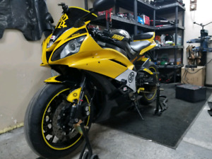 2006 Yamaha yzf-r R6 600c 50th Anniversary Lots of mods