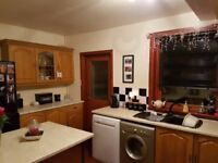 AMAZING SINGLE ROOM TO RENT IN UPTON PARK - CALL ME NOW AND BOOK A VIEWING FOR TODAY CALL ME
