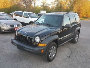 Jeep Liberty TRAIL RATED 4X4 SUV *** CLEAN ***