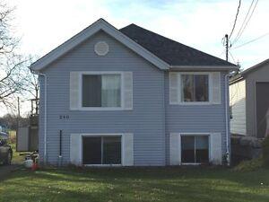 Belmont Ontario Three Bedroom in Duplex