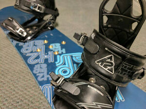 Youth snowboard with bindings Cambridge Kitchener Area image 1