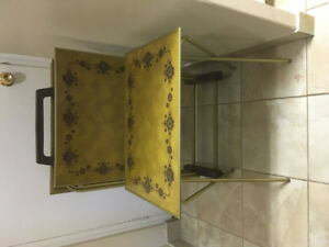 Retro serving trays with stand