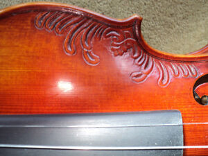 VIOLIN 4/4 FULL SIZE CARVED INLAY SOLID SPRUCE TOP ,MAPLE SIDES London Ontario image 9