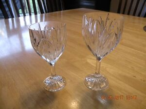 Set of 12 white wine and 12 red wine glasses
