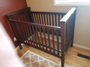 Kendall convertible crib with toddler conversion kit