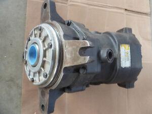 Cat (rebuilt) main hydraulic pump and travel/swing motor Edmonton Edmonton Area image 5