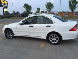06 Mercedes C-Class 230 Sedan - priced to sell NOW!