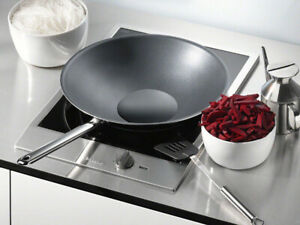 "2016 Module 15"" Miele Wok a induction / Valeur 2500$"