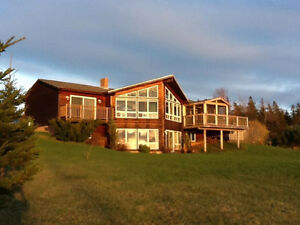 Beautiful 4 Bedroom Home overlooking Covehead Bay
