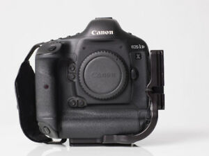 Canon 1Dx with original box and papers
