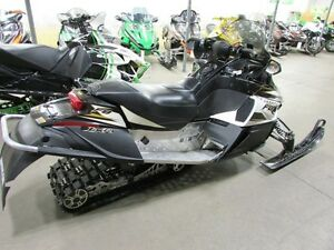 2008 Arctic Cat F8 EFI LXR London Ontario image 3