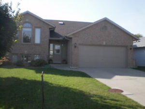 4 Bedroom Home in Sherwood Park