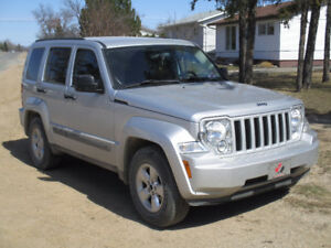 2012 Jeep Liberty Sport 4x4 SUV, Crossover