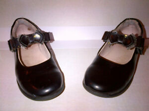 Lelly Kelly Girls Black Patent Mary Janes Shoes 1 US or 32 Euro