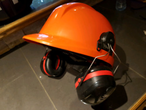 CSA Hard Hat with 3M Optime 105 Ear Protection Safety Equipment