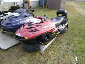 ***TUNNEL & PAPERS FOR 2004 LEGEND GT SKI-DOO ZX-CHASSIS***