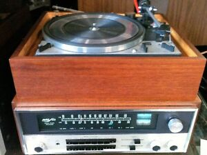 Gorgeous Reconditioned Vintage DUAL 1209 Turntable