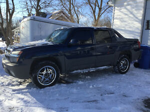2002 Chevrolet Avalanche Other