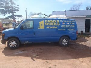 Ford`s Mobile Wash