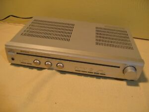 HITACHI HA-2700 Integrated Stereo Amplifier Working